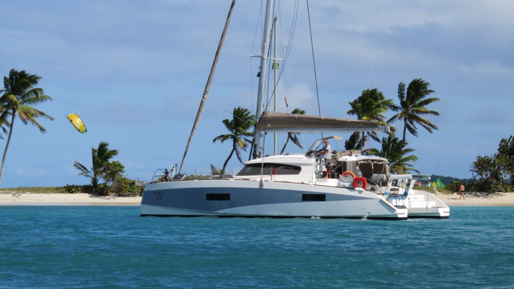 Hire Catamaran with or without skipper Aventura Le Marin