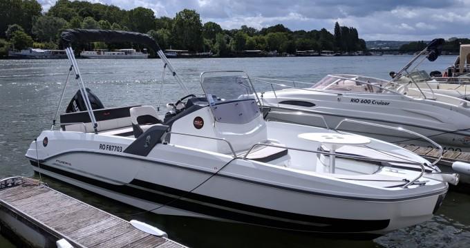 Boat rental Paris cheap Flyer 6.6 SPACEdeck