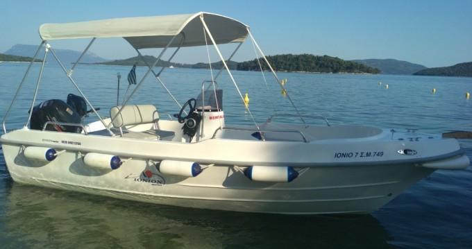 Assos Marine Boat between personal and professional Perigiali