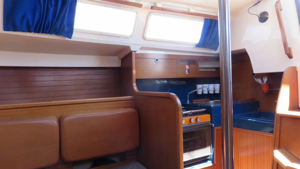 Rental yacht Leucate - Dufour Dufour 31 on SamBoat