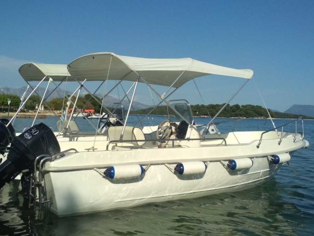 ASSOS MARINE A.E BOAT between personal and professional Nydri