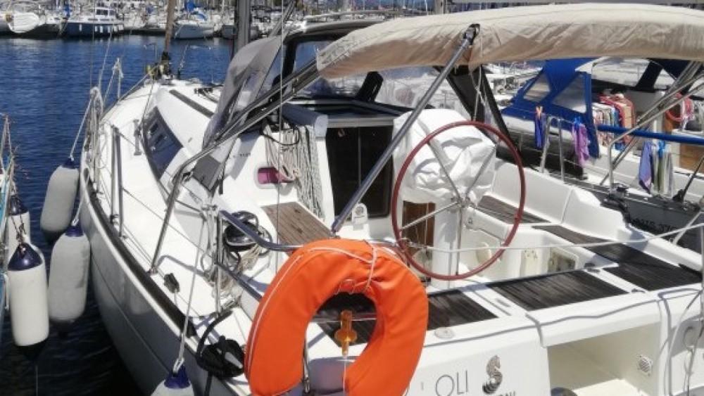 Rental Sailboat in Six-Fours-les-Plages - Bénéteau Oceanis 34