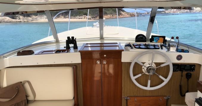 Rental Motorboat Bertram with a permit