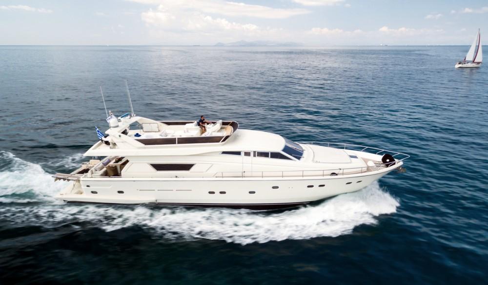 Boat rental Ferretti 2002 in Athens on Samboat