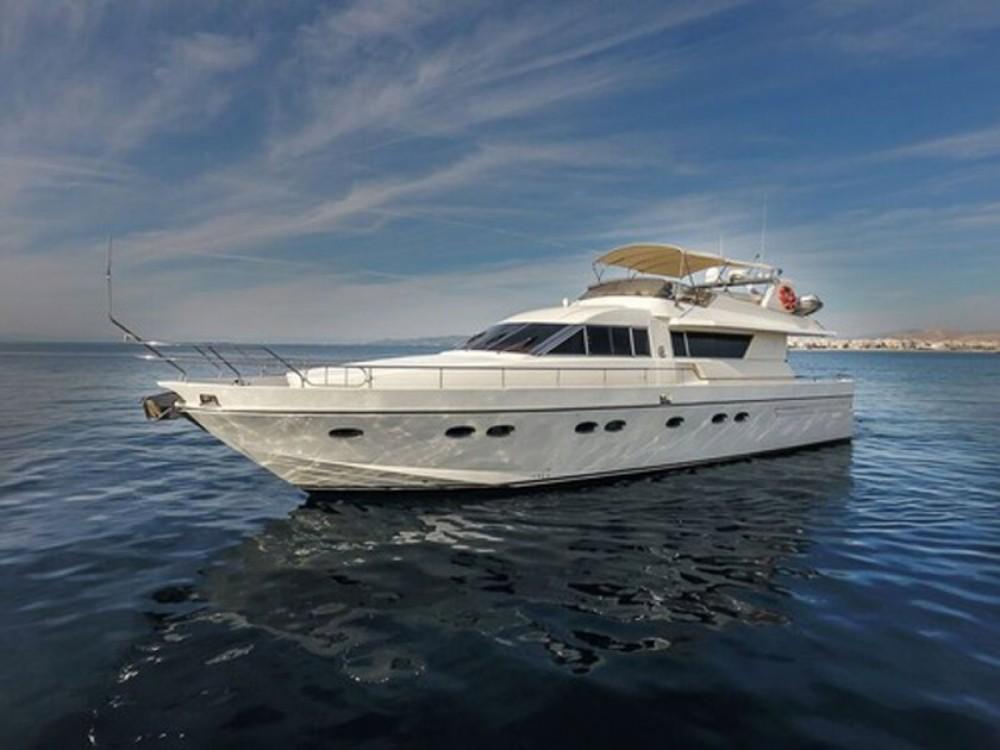 Boat rental Athens cheap Technema