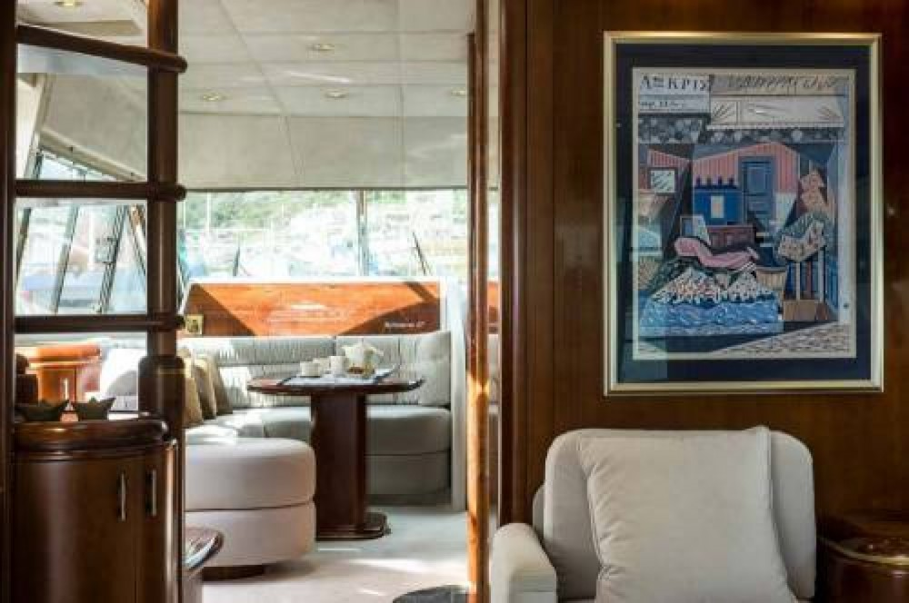 Rental Yacht Posillipo with a permit