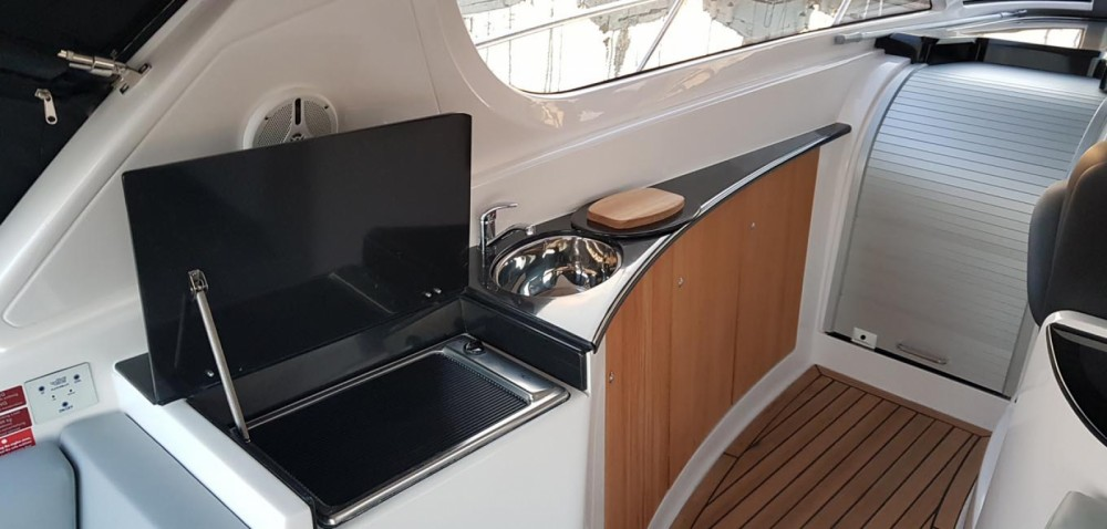 Rental Motorboat FOCUS MOTOR YACHT with a permit