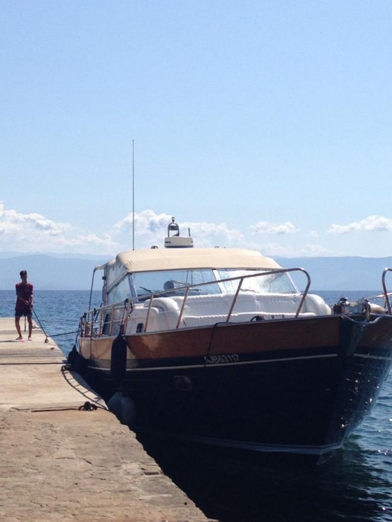 Hire Motorboat with or without skipper Apreamare Ajaccio