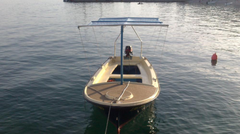 Rental Motorboat in Bol - Beach boat Mila
