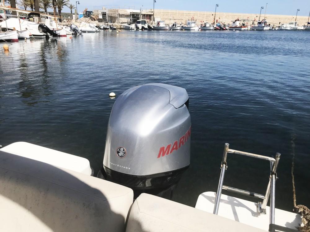 Rental Motorboat in es Migjorn Gran - Quicksilver Activ 675 Sundeck