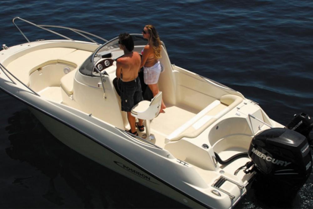 Boat rental Zakynthos cheap Bluewater 6.40