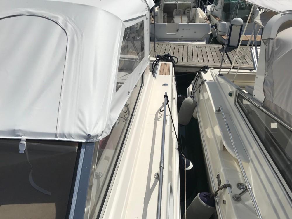 Rental Motorboat in Naples - Fiart Fiart 35 Genius