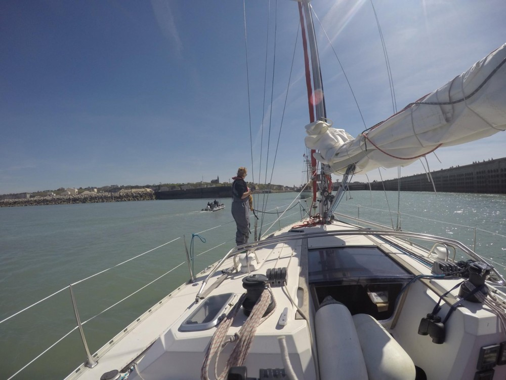 Sailboat for rent Le Havre at the best price