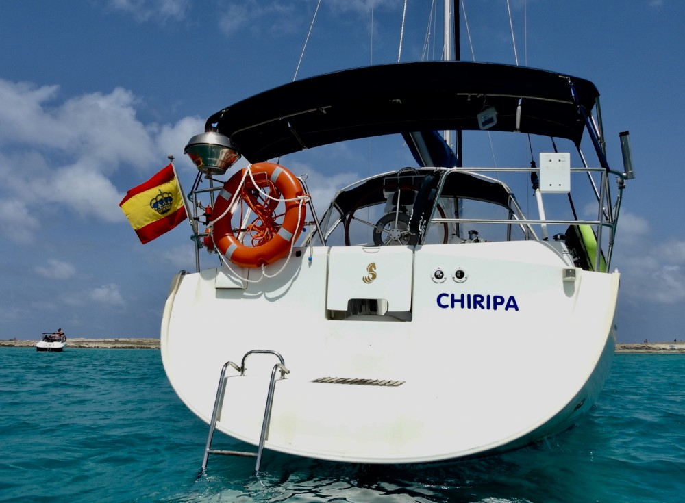 Hire Sailboat with or without skipper Bénéteau Marbella