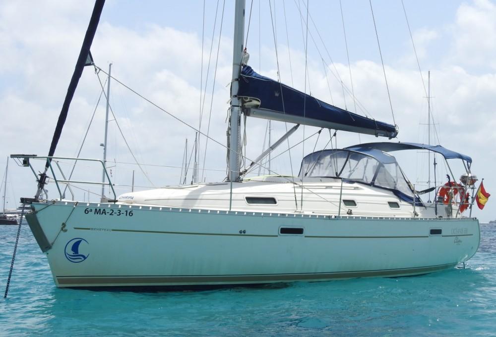 Rental yacht Marbella - Bénéteau Oceanis 331 Clipper on SamBoat