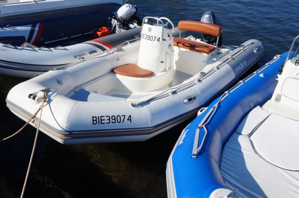 Rental yacht Saint-Florent - Zodiac Sundream on SamBoat