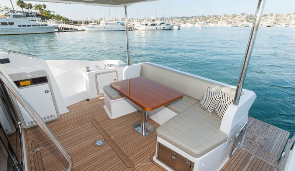Hire Motorboat with or without skipper Azimut Makarska