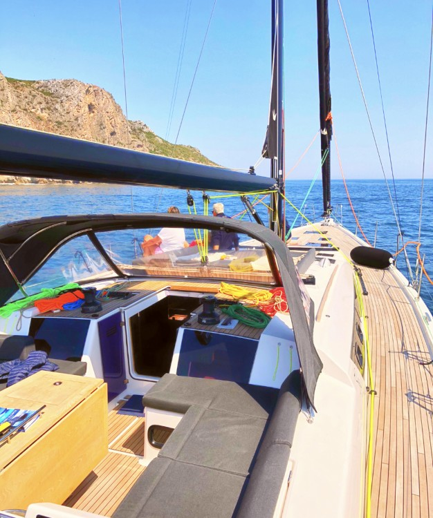 Boat rental Dufour Dufour 56 Exclusive in Lisbon on Samboat