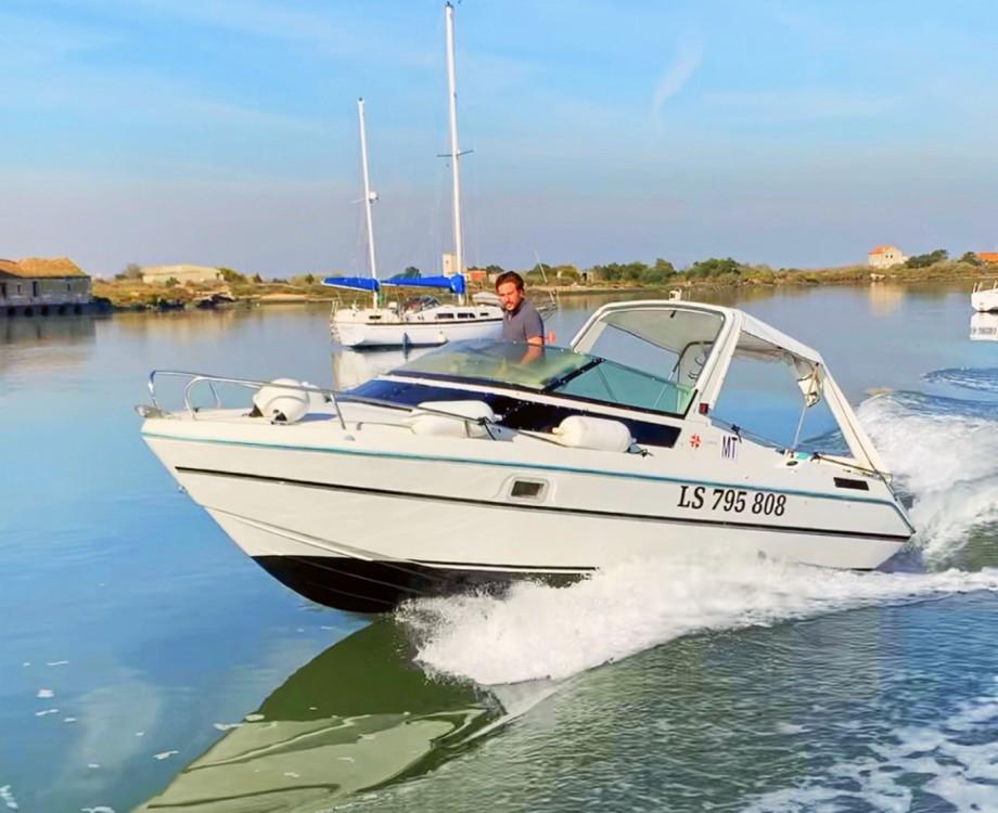Boat rental Jeanneau Leader 650 in Lisbon on Samboat