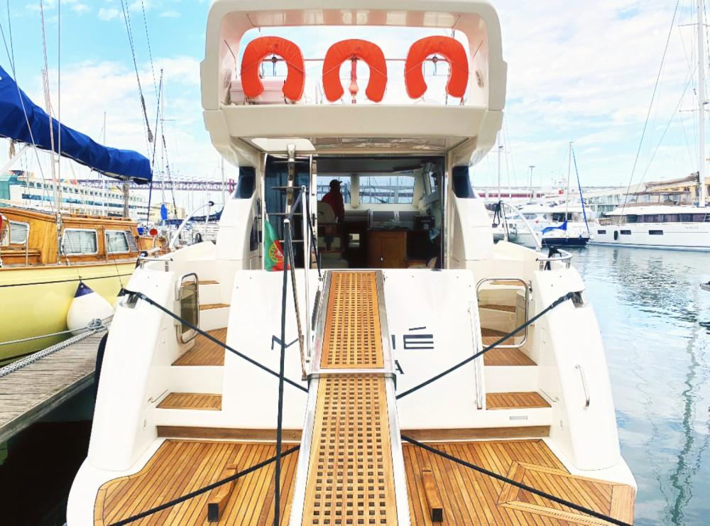 Boat rental Lisbon cheap Azimut 52 Fly