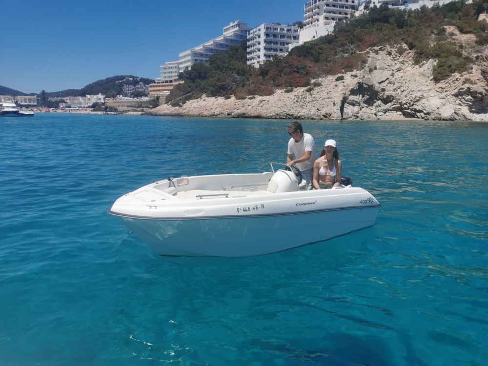 Boat rental compass Compass 400 in Balearic Islands on Samboat