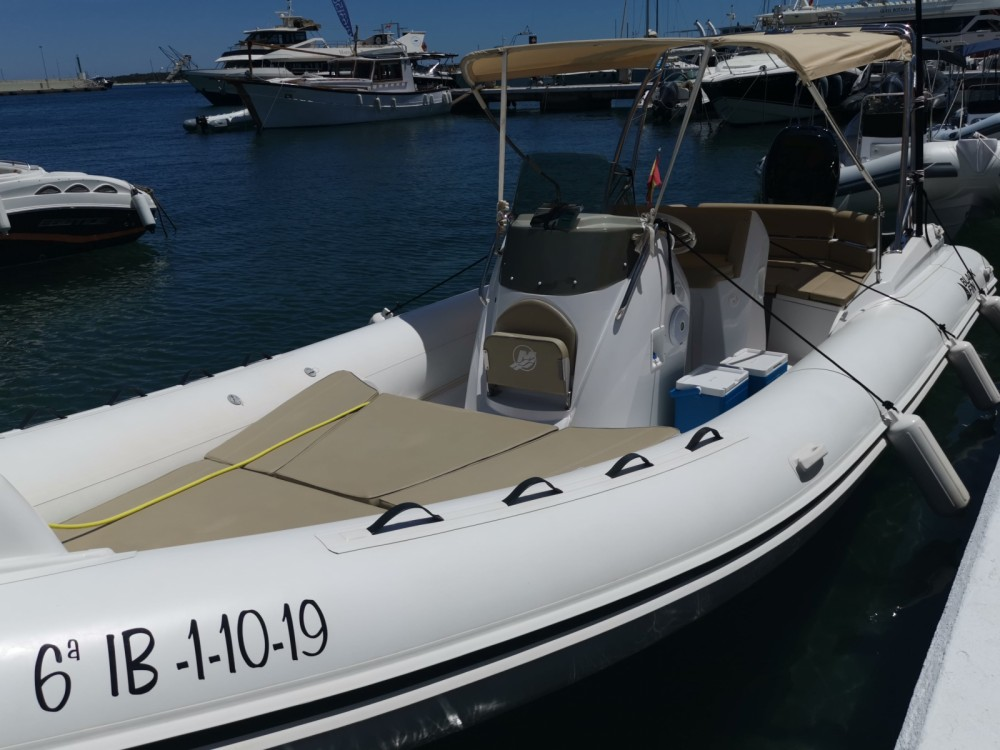 Hire RIB with or without skipper Black Fin la Savina
