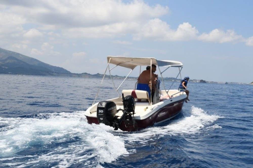 Motorboat for rent Zakynthos at the best price