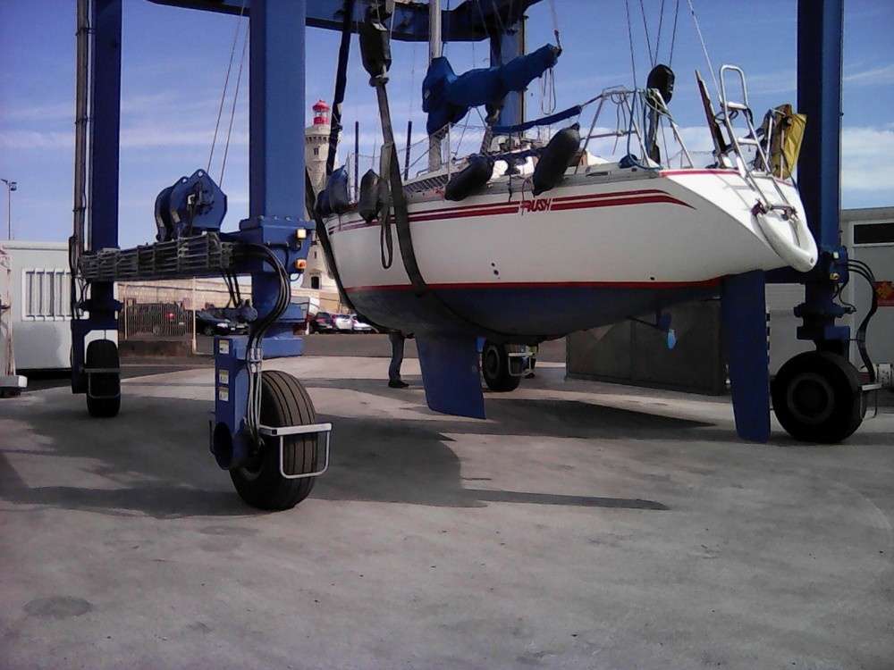Rental yacht Sète - Jeanneau Rush on SamBoat