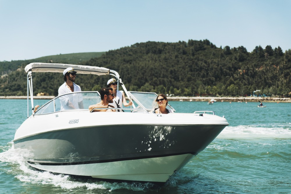 Bayliner Capri 2350 between personal and professional Portugal