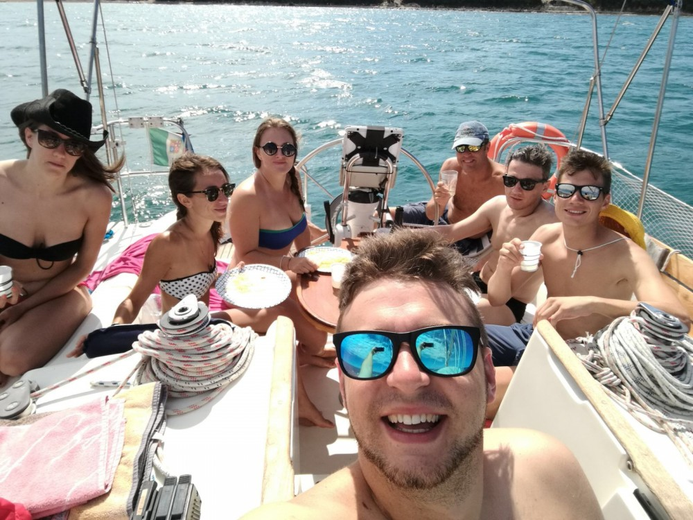 Hire Sailboat with or without skipper Jeanneau Sistiana-Visogliano
