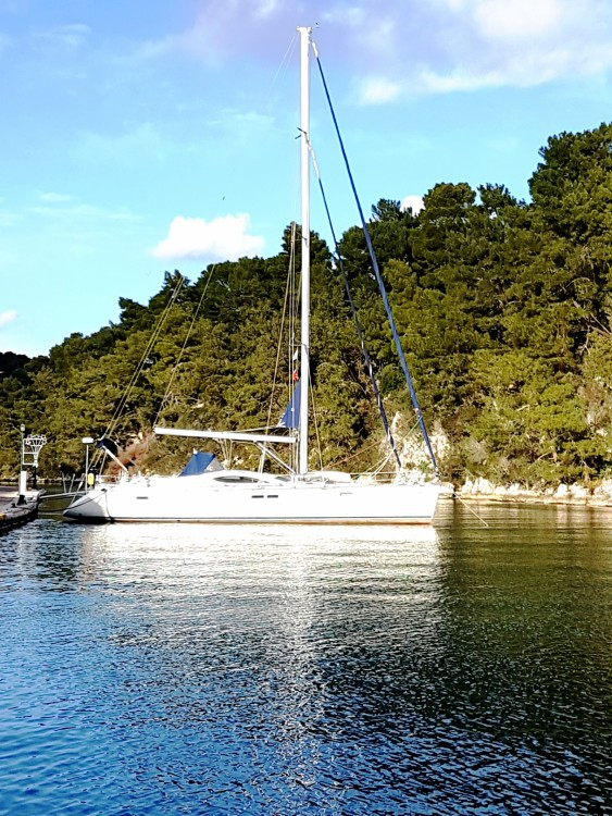 Jeanneau Sun Odyssey 54 DS between personal and professional