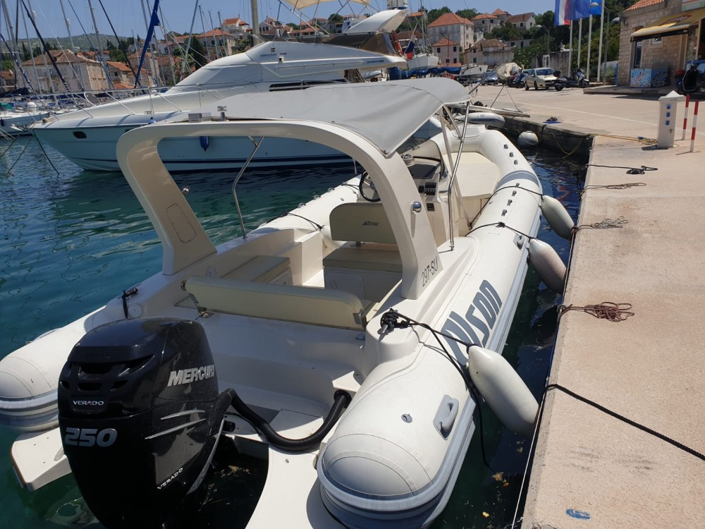 Rental yacht Split - Alson Flash 750 on SamBoat