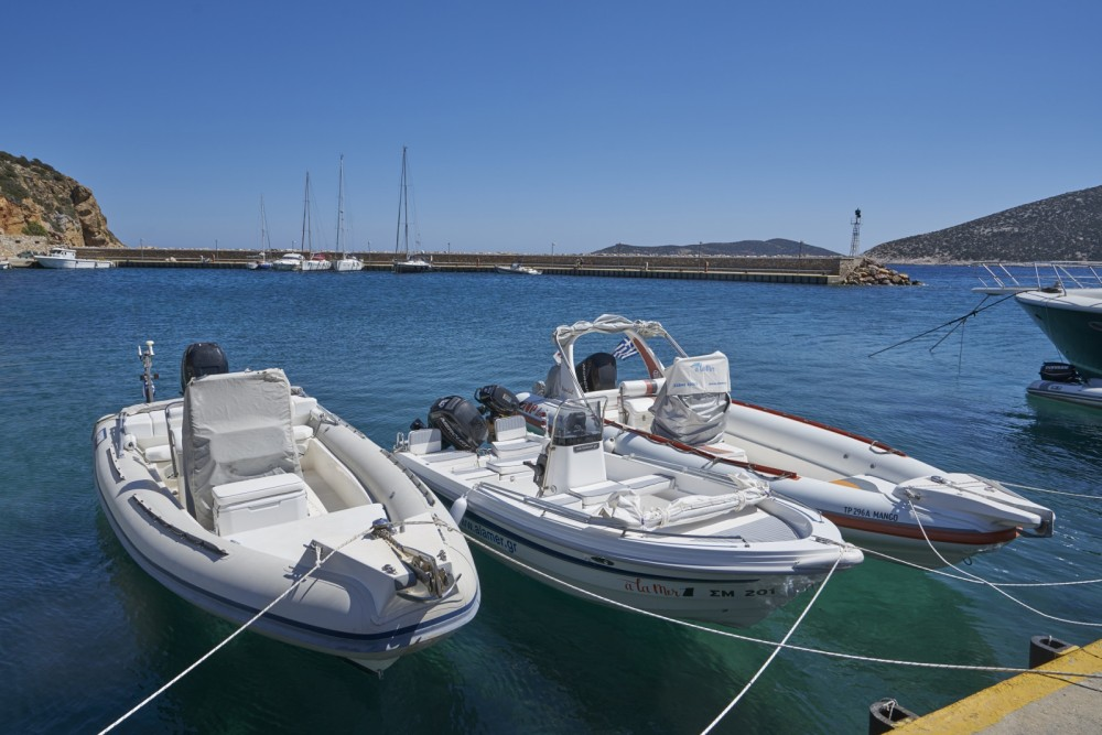 Boat rental Apollonia cheap 27