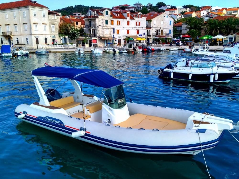 Rental RIB in Trogir - Capelli Tempest 770 Sun