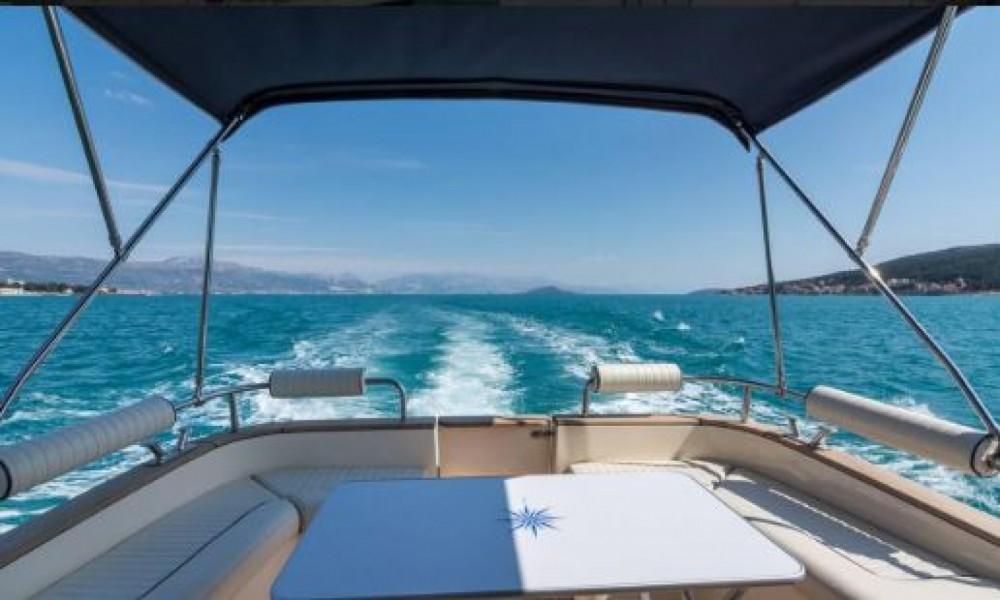 Boat rental Split cheap 980
