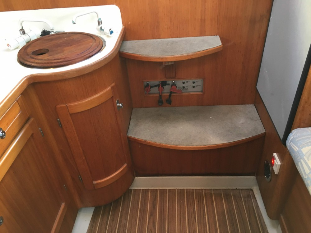 Rent a Quorning-Boat DF1000 Valencia