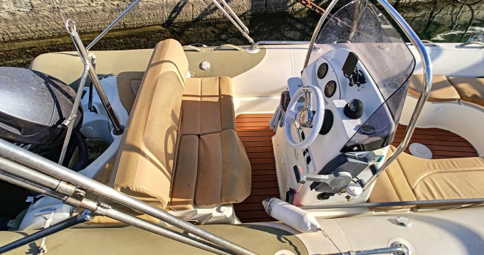 Hire RIB with or without skipper Zodiac Ajaccio