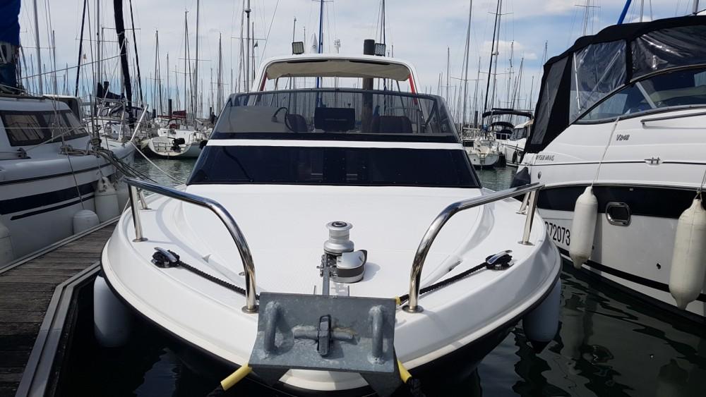 Rental yacht La Rochelle - Jeanneau Leader 650 Performance on SamBoat