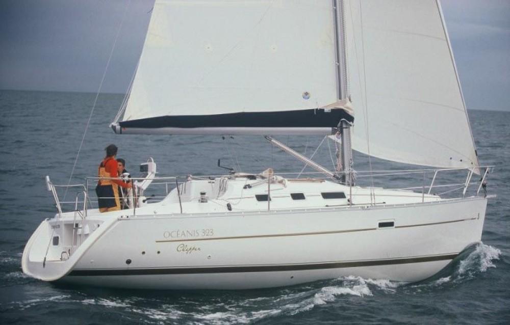 Bénéteau Oceanis between personal and professional Otranto