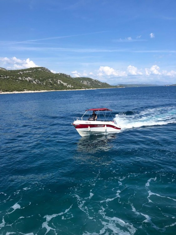 Hire Motorboat with or without skipper Marinello Vinišće