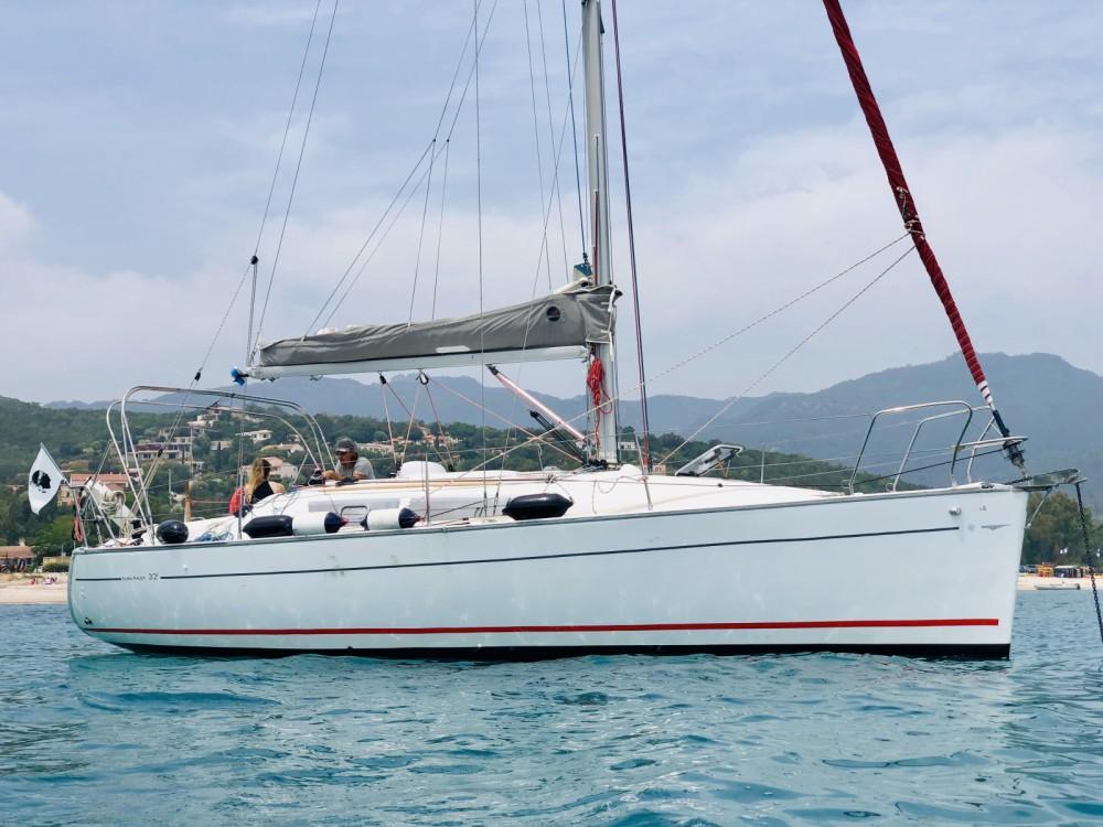 Rental Sailboat in Sari-Solenzara - Jeanneau Sun Fast 32i