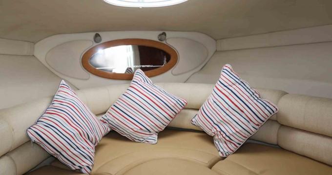 Rental yacht Setúbal - Monterey 250 on SamBoat