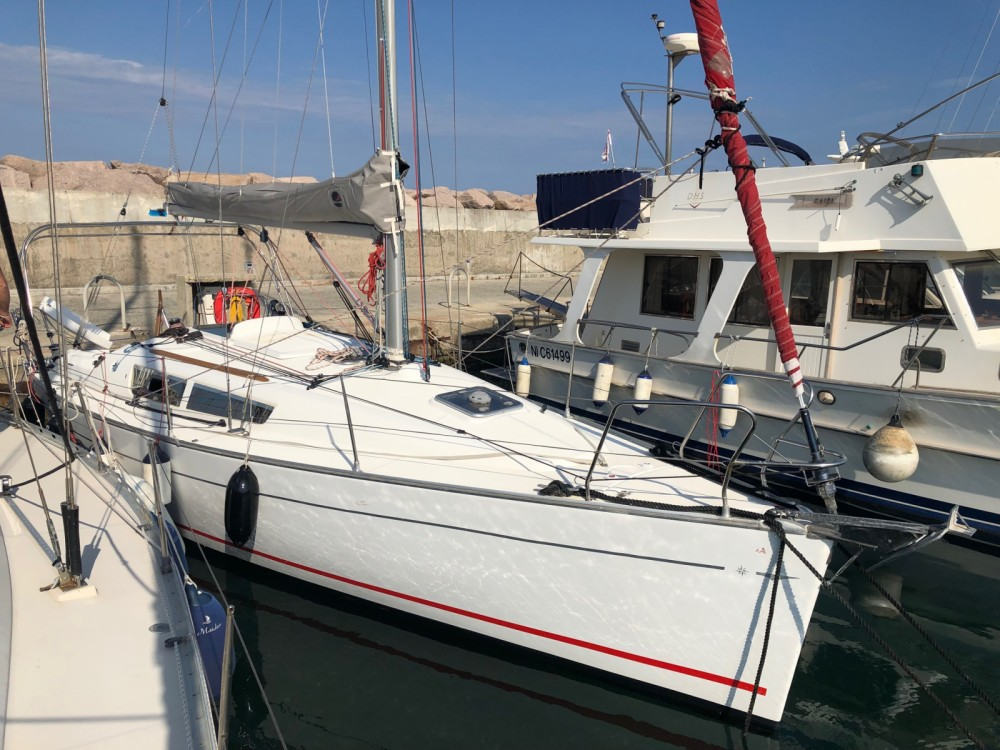 Hire Sailboat with or without skipper Jeanneau Sari-Solenzara