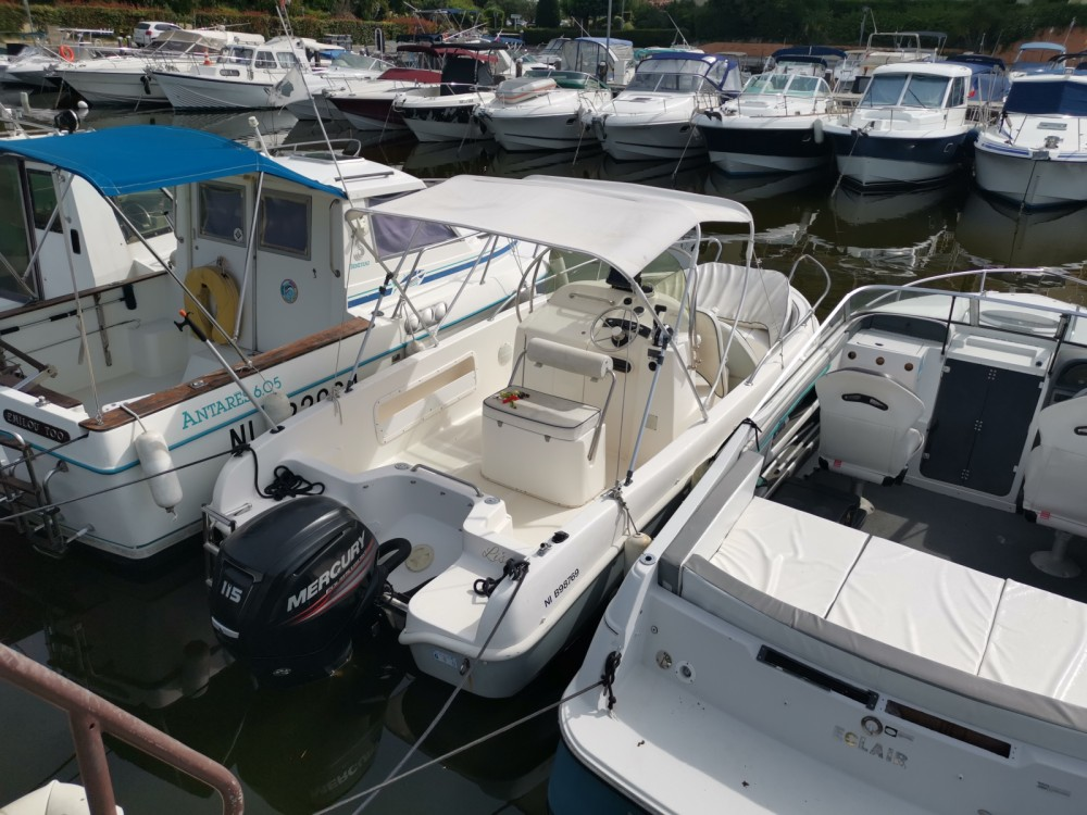Hire Motor boat with or without skipper SAVER 620 WA