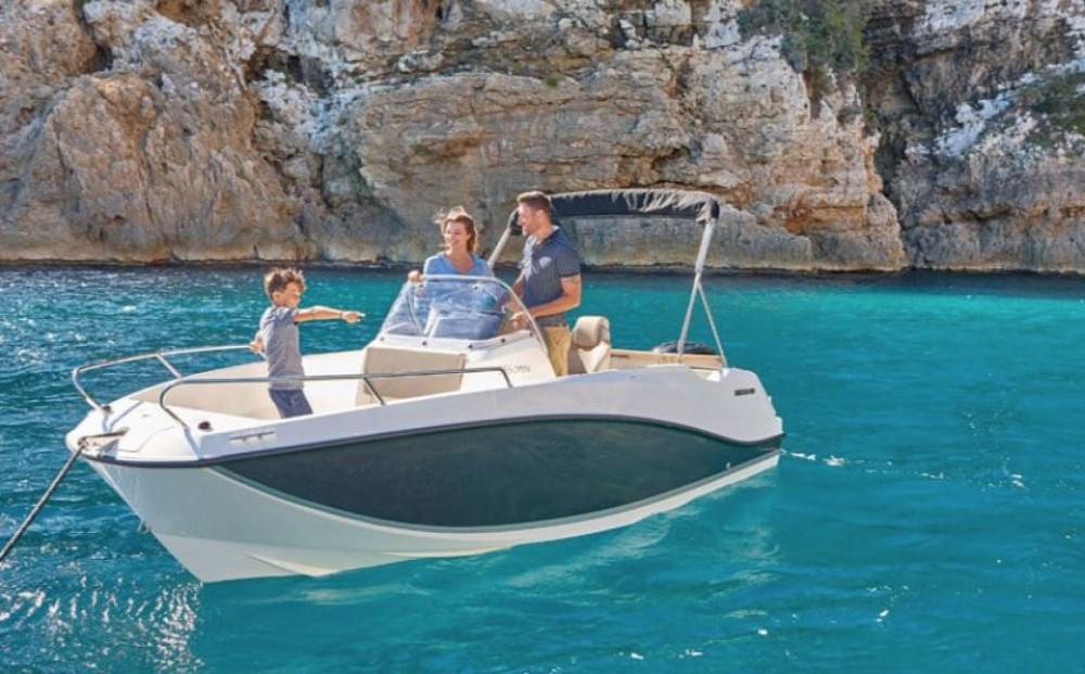Rental Motorboat in Grad Zadar - Quicksilver Activ 555 Open