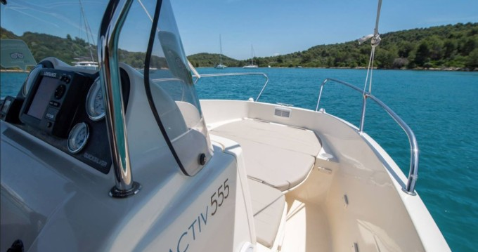 Quicksilver Activ 555 Open between personal and professional Zadar