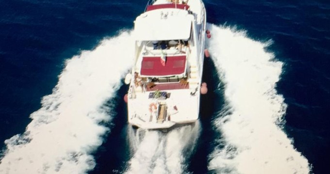 Cruisers-Yachts Cruisers Yachts 42.80 flybridge between personal and professional Palermo