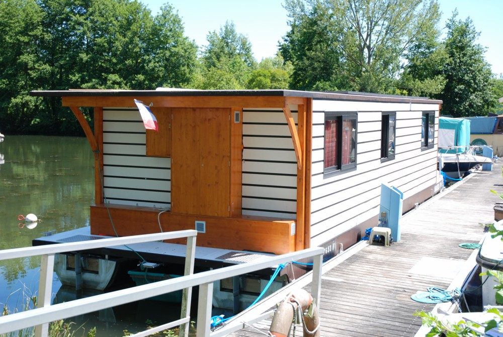 Canal boat for rent Casseneuil at the best price