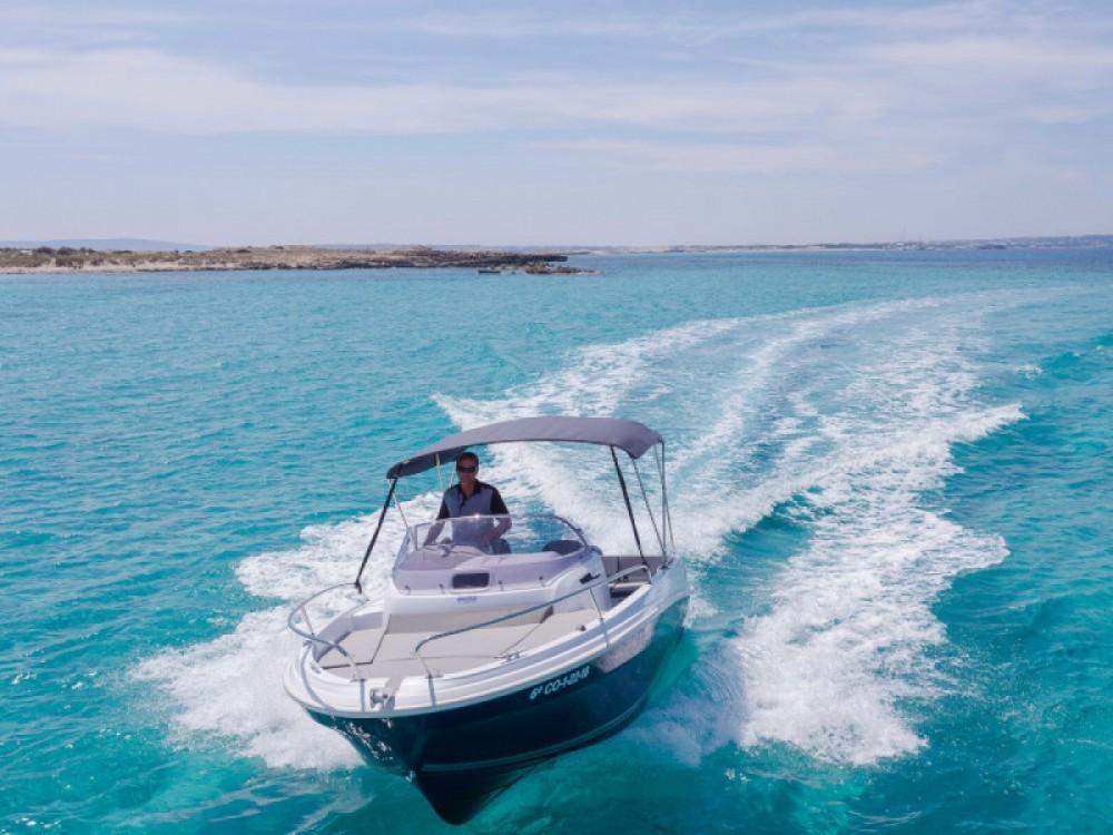 Boat rental Novi Vinodolski cheap Cap Camarat 5.5 WA Serie 2