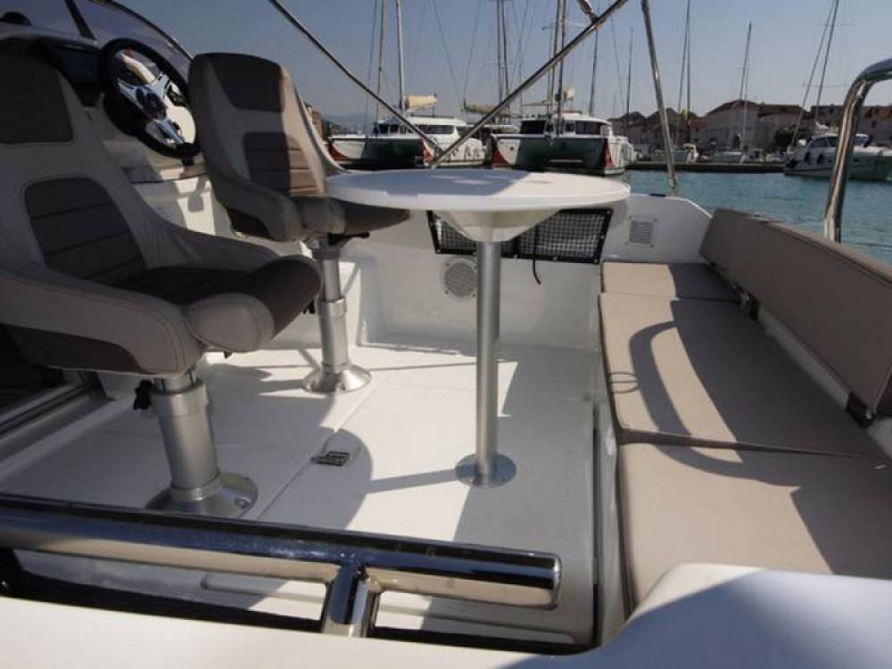 Rental Motorboat in Novi Vinodolski - Jeanneau Cap Camarat 5.5 WA Serie 2